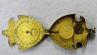 Orologio solare e lunare di Janello Torriani