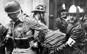 Il corpo senza vita di Salvador Allende