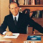 Berlusconi: Ascesa e discesa di un politico chiacchierato pt1