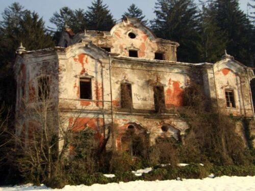 Villa de Vecchi ovvero la fantomatica Casa Rossa – Approfondimento di Teresa Breviglieri